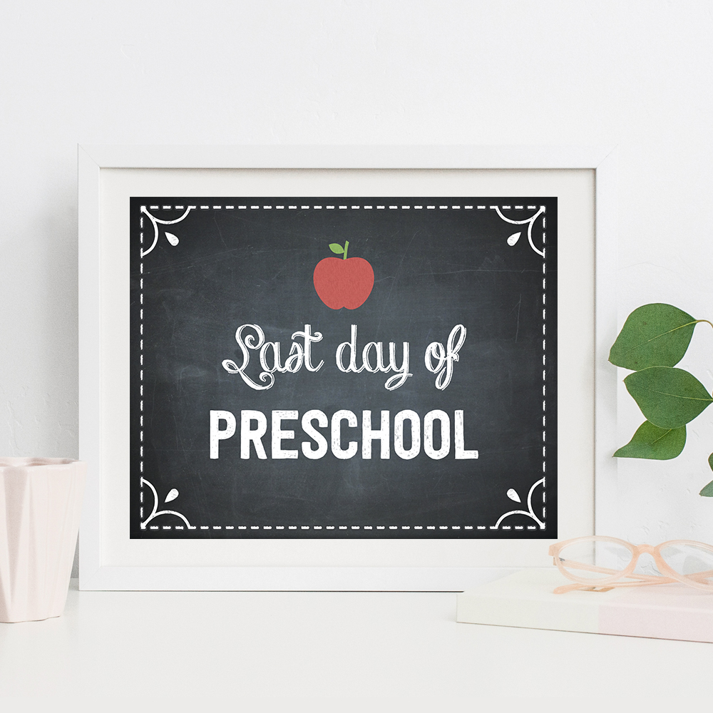 graphic relating to Last Day of School Printable known as Absolutely free To start with Working day or Past Working day of College or university Printable Indications - Berry